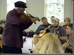 Howard leading a 2000 workshop at Centrum's Country Blues week in Pt. Townsend, Washington